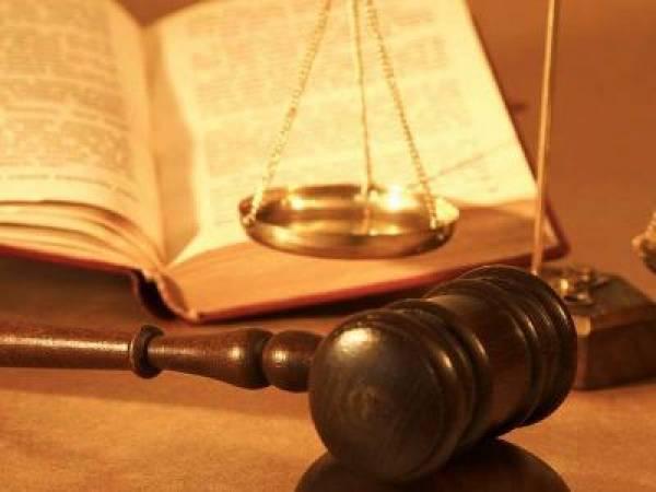 В Греции суд приговорил к условному сроку умершего